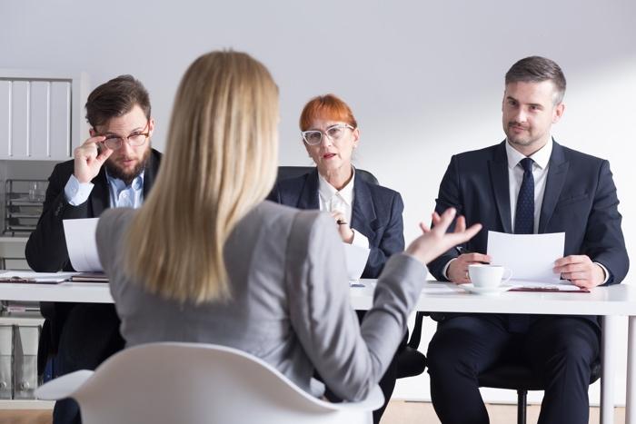 La-fameuse-première-impression-en-entrevue